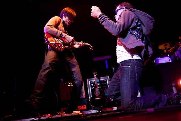 Going Live: Weezer