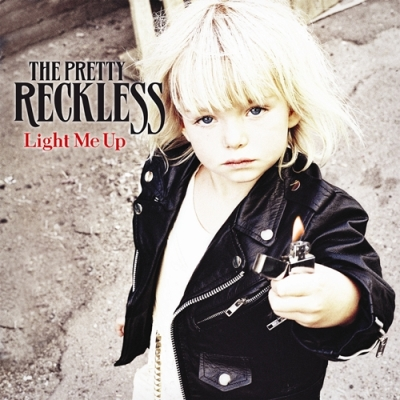"REVIEW: The Pretty Reckless – ""Light Me Up"""